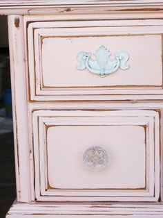 love the pink antique look!