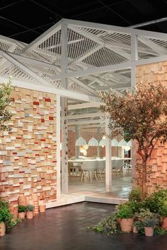 NuBuiten inspiratie // Das Haus 2014 house of the future concept by Louise Campbell at imm cologne Architecture Details, Interior Architecture, Industrial Office Design, New Home Construction, Outside Living, Building A New Home, Beautiful Buildings, Creative Decor, Retail Design