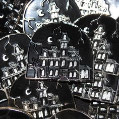 'Addam's Mansion' Pin (Glow-in-the-dark!)