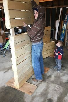 diy pallet wall tutorial, diy, how to, pallet, wall decor