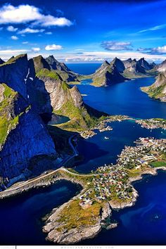 BEAUTIFUL AND CRYSTAL WATERS OF NORWAY.