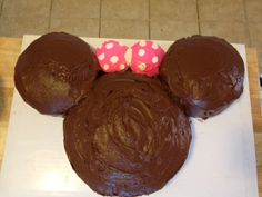 Easy to make Minnie Mouse cake!  Busy Mama & Her Boys
