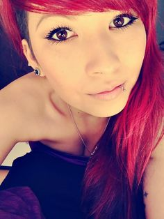 Lower lip piercing. This is really cute. Like really...