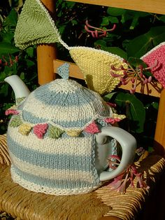 Ravelry: Summer Bunting Tea Cosy and Bunting pattern by Sue Stratford