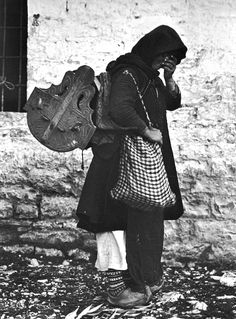 Epirus Woman (by Frédéric Boissonnas, 1913)..
