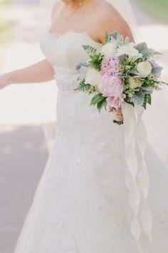 Spring bouquet: http://www.stylemepretty.com/little-black-book-blog/2014/10/16/rustic-romance-at-adaumont-farm/ | Photography: Liz Grogan - http://www.lizgrogan.com/