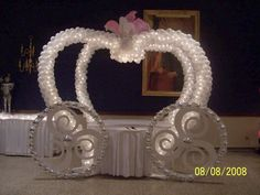 Cinderella carriage for the cake table, OH MY STARS,. must have this for my Angel's Princess Birthday Party when she turns two or three!!!!!