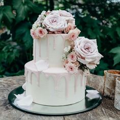 drip cake elopement wedding cake fresh flowers wedding cake roses pink drip