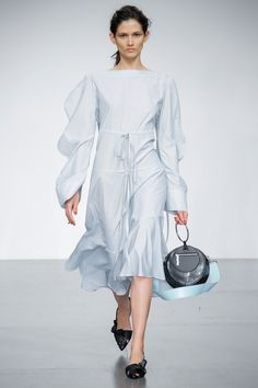 Eudon Choi Spring 2018 Ready-to-Wear Undefined Photos - Vogue