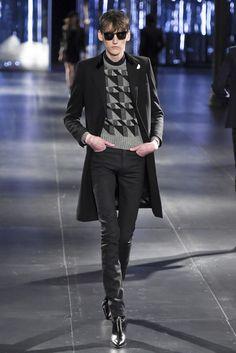 「サンローラン」2015-16年秋冬パリ・メンズ・コレクション 全ルック | 2015-16 FW PARIS MEN'S COLLECTION | SAINT LAURENT | COLLECTION | WWD JAPAN.COM