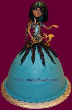 - Cleo de Nile Barbie Cake