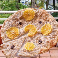 Die perfekte Pizza zum Frühstück oder auch als Snack für dich! Die komplette Pizza hat grade mal unglaubliche 240 kcal! /16g EW /34g KH /8g F REZEPT: 25g Schmelzflocken(Dinkel-Hafer) 100g Magerquar…