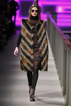 #CustoBarcelona #FW/2014-15 #Catwalk #in #trends #furry #stripes #080BarcelonaFashion #Barcelona