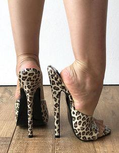 Leopard Patent Sexy Mistress Hi Heel Stiletto Fetish Slipper Slides Mule Sexy Legs And Heels, Hot High Heels, Platform High Heels, High Heel Boots, Heeled Boots, Heeled Sandals, Sandals Outfit, Ankle Boots, Beautiful High Heels