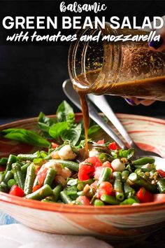 For an easy side dish which makes the most of fresh summer vegetables, you'll love this recipe for a cold Italian green bean and tomato salad! Honey Balsamic Vinaigrette, Salad With Balsamic Dressing, Salad Dressing Recipes, Salad Recipes, Healthy Recipes, Healthy Foods, Green Bean Salads, Green Beans And Tomatoes, Green Bean Recipes