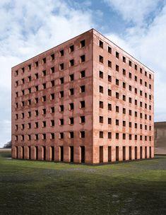 Les plus belles balades architecturales : San Cataldo, l'éternel chef-d'œuvre d'Aldo Rossi