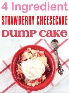 Strawberry Cheesecake Desserts with Cream Cheese! Easy quick cake mix cobbler recipes with topping crumble are delicious! Cheesecake Desserts, Strawberry Cheesecake, Fun Desserts, Delicious Desserts, Dessert Recipes, Strawberry Desserts, Summer Desserts, Christmas Desserts, Dessert Ideas