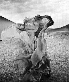 Ethereal Bride (instagram: the_lane)