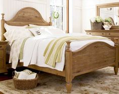 Paula Deen Down Home Aunt Peggy's King Bed UF-193260B