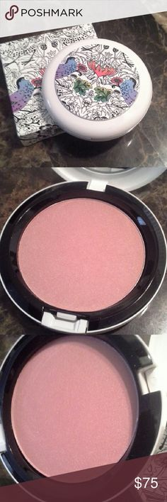 Mac Liberty of London Collection Powder. NIB In Shell Pearl   Authentic. Guaranteed   A must have for collectors   Love Mac LE? Click my pic to see tons of always Authentic items and more high end beauty brands   Everything Authentic always   Reasonable offers accepted on most items, custom bundle discount available, just ask   Shop with confidence. Top rated seller with glowing reviews   Daily shipping   No trades MAC Cosmetics Makeup Face Powder
