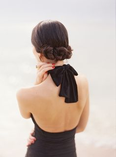 chignon, nude back and black bow Chignon Hair, Updo Hairstyle, Hairstyle Ideas, Christmas Hairstyles, Bridesmaid Hair, Bridesmaids, Hair Dos, Her Hair, Hair And Nails