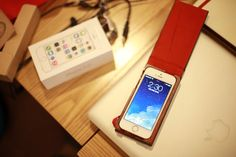 iPhone5s BooOKLY case
