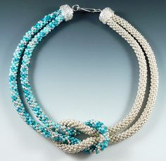 Rona Loomis Kumihimo beaded knot necklace - choker - many color combinations - inspiration Kumihimo Bracelet, Bracelet Crochet, Bead Crochet, Rope Necklace, Beaded Necklace, Beaded Bracelets, Necklaces, Beaded Jewelry, Handmade Jewelry