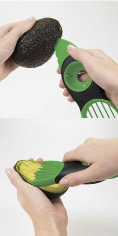 Avocado Tool 3-In-1 Slicer, Pitter, Cutter -==