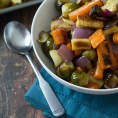 Fennel Roasted Fall Vegetables - a simple and easy side dish, bursting with fall flavors.