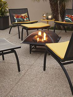 Add an extra room to your home by turning your yard, patio or balcony into an ultra-comfy living space.