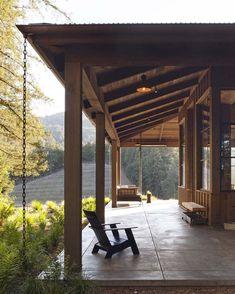 Farmhouse-Style-Home-Jennifer-Robin-Interiors-16-1-Kindesign.jpg