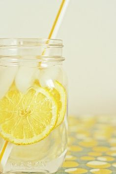 picture shows refreshing lemon water, link apparently take you to a quilt piecing blog.