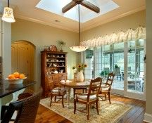 An inviting breakfast nook