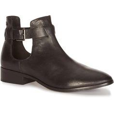 Boots ouvertes dessus cuir