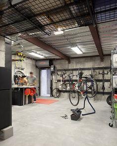 "nice basement ""workshop"""