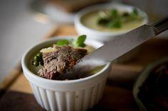Food Hacks, Ham, Mashed Potatoes, Steak, Paleo, Food And Drink, Pudding, Beef, Homemade