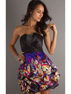 This strapless dress is unique & pretty!