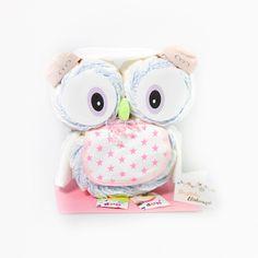 Das perfekte Geschenk zur Geburt einer süßen kleinen Prinzessin. Die Windeleule bestehend aus 28 BIO Windeln und 7 sofort nutzbaren Produkten für Mutter und Kind wird in einer ansprechenden Geschenkverpackung mit Grußkarte versendet!
