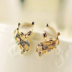 $3.73 Pair of Brilliant Diamante Faux Opal Fox Earrings For Women