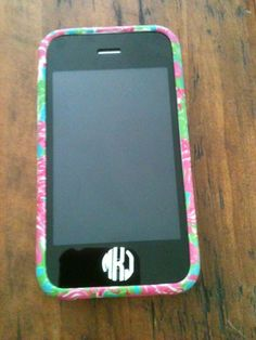 i really want a monogrammed iphone button