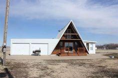 7211 E Antler Rd, Pretty Prairie, KS 67570