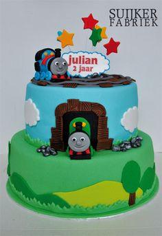 Thomas de trein Fondant Cakes, Cupcake Cakes, Cupcakes, 4th Birthday Cakes, 2nd Birthday Parties, Cakes For Boys, Boy Cakes, Train Party, Thomas The Tank