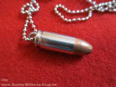 Patronen Halskette 9mm / mehr Infos auf: www.Guntia-Militaria-Shop.de