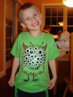 100th Day Shirt, Googly Eyes, too bad my little ones don't celebrate this any longer. This would have been a great idea
