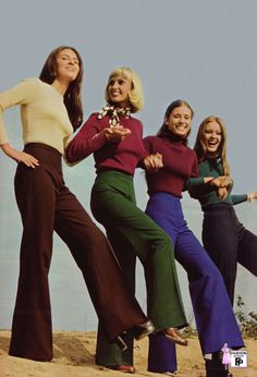 Mid to later High waisted flared pants and tight tops. Almost a uniform for younger women of the time. clare-authoritave Mid to later High waisted flared pants and tight tops. Almost a uniform for younger women of the time. Decades Fashion, 70s Women Fashion, 70s Inspired Fashion, Seventies Fashion, 60s And 70s Fashion, 70s Vintage Fashion, Woman Fashion, 70s Hippie Fashion, Fashion Fashion