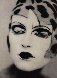 Natalia Semanova by Paolo Roversi, 2000. S)