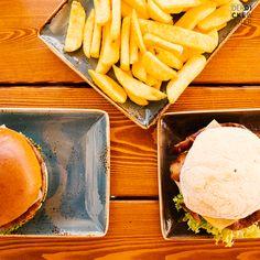 Peter Pane: Burger aus dem Norden nun am Westbahnhof Nun, Carrots, Restaurant, Vegetables, Food, Diner Restaurant, Essen, Carrot, Vegetable Recipes