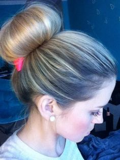 bun - Hairstyles and Beauty Tips