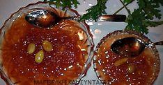 Ελληνικές συνταγές για νόστιμο, υγιεινό και οικονομικό φαγητό. Δοκιμάστε τες όλες Greek Sweets, Greek Desserts, Greek Recipes, Wine Recipes, Cooking Recipes, Fruit Jam, Caramel Apples, Cake Cookies, Bakery