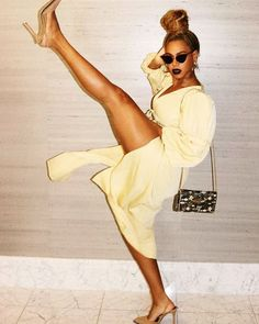 Check out Beyonce @ Iomoio Beyonce Knowles Carter, Beyonce And Jay Z, Beyonce Beyonce, Beyonce Coachella, Destiny's Child, Beautiful Celebrities, Beautiful People, Celebrities Fashion, Rihanna